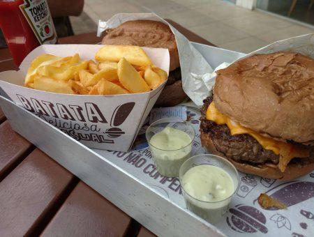 Hum! Burguer: existe hamburguer bom em #Brasília